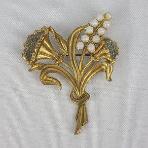 Vintage Gold Faux Pearl Flower Brooch
